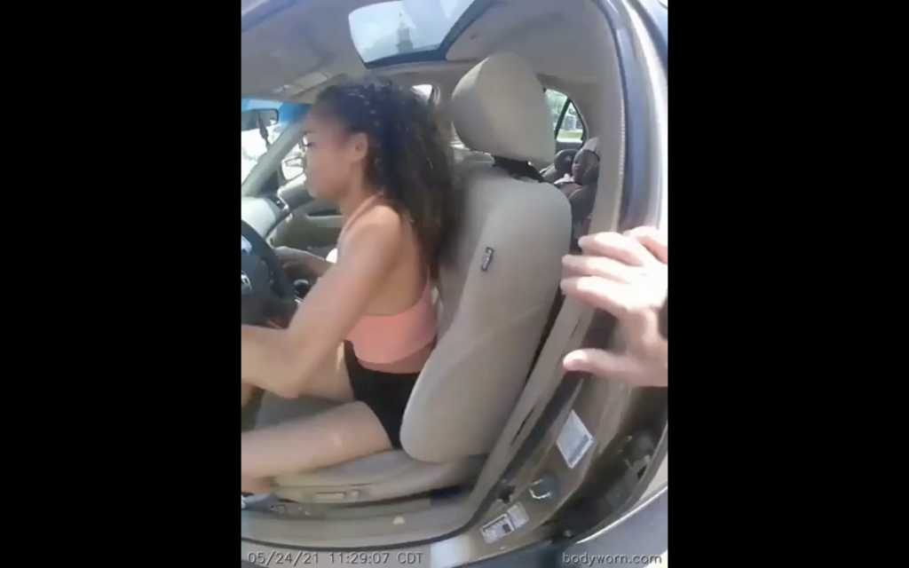 Woman Drags Police Officer with Her Car Causing a Few Broken Bones, Officer Still Manages to Arrest Her